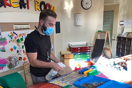 Eastern alumni teach with caring and dedication during pandemic